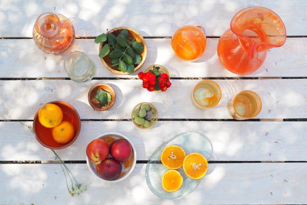 mesa vidrio mediterrano mallorca, jarras, jarrones y vasos