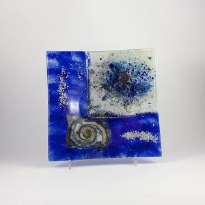 decorative plate handmade blue and white fusing