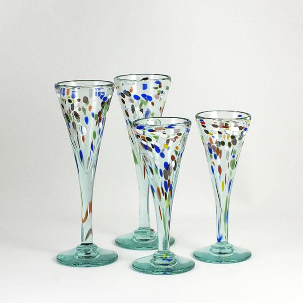 copas de vidrio de colores