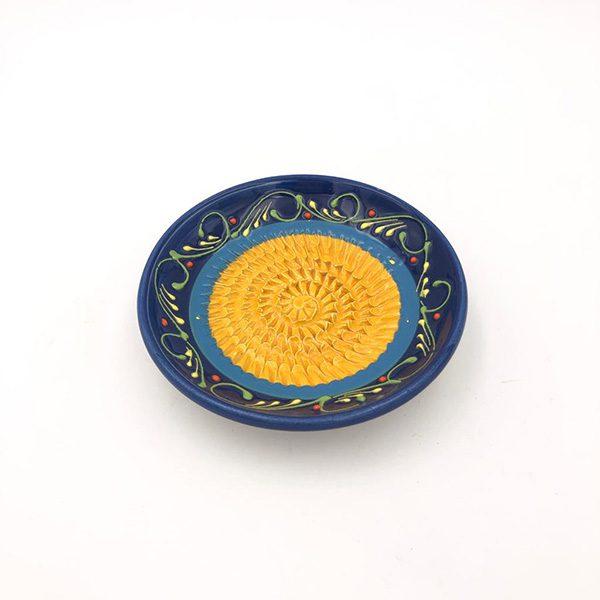 rasca ajos azulamarillo 600x600 - Knoblauchreibe Senf